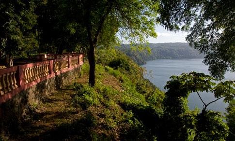 Picture: Boardwalk at Lake Masaya, Nicaragua